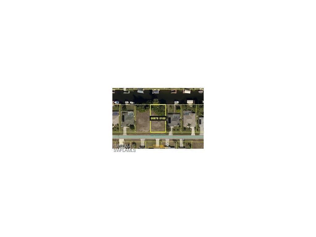 135 SE 31st St, Cape Coral, FL 33904 (MLS #216044881) :: The New Home Spot, Inc.
