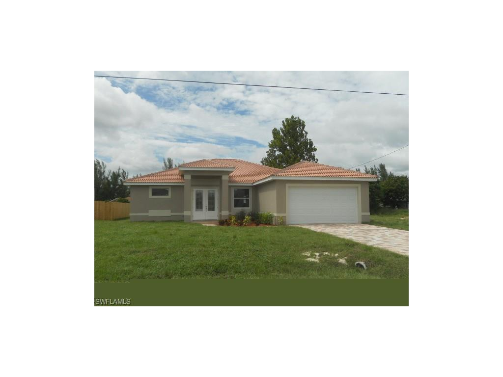 1204 SW 17th Pl, Cape Coral, FL 33991 (MLS #216047906) :: The New Home Spot, Inc.