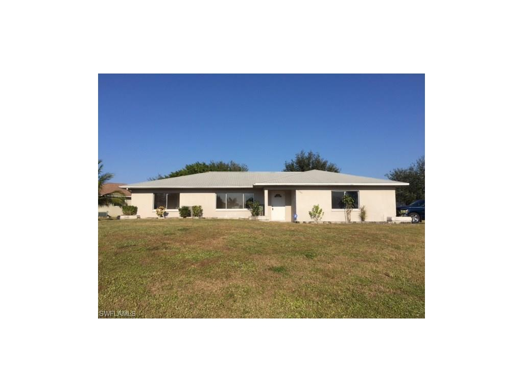 2725 SW 4th Ave, Cape Coral, FL 33914 (MLS #216048850) :: The New Home Spot, Inc.