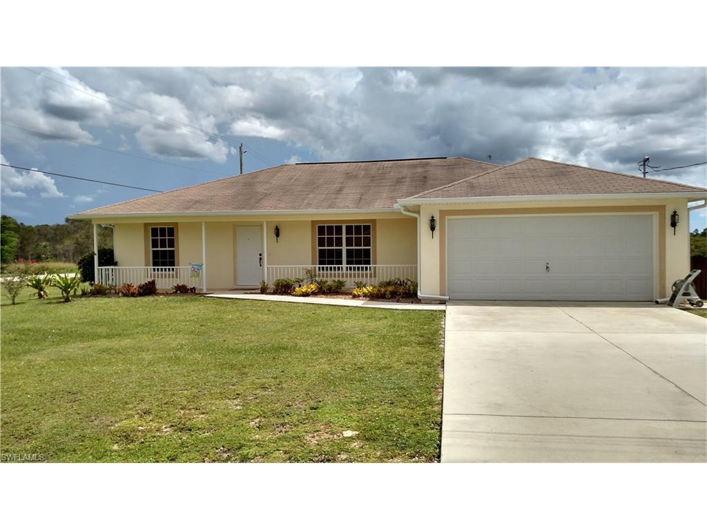 854 Woodridge Cir, Fort Myers, FL 33913 (MLS #216049447) :: The New Home Spot, Inc.