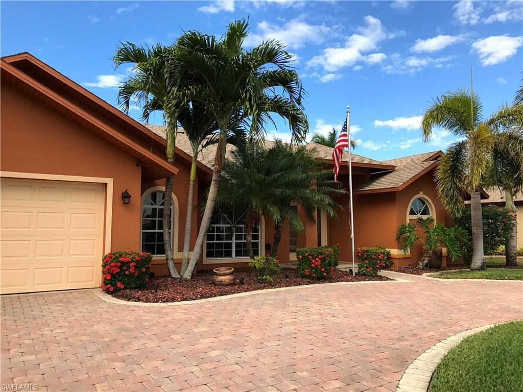 2228 SE 18th Ave, Cape Coral, FL 33990 (#216050111) :: Homes and Land Brokers, Inc