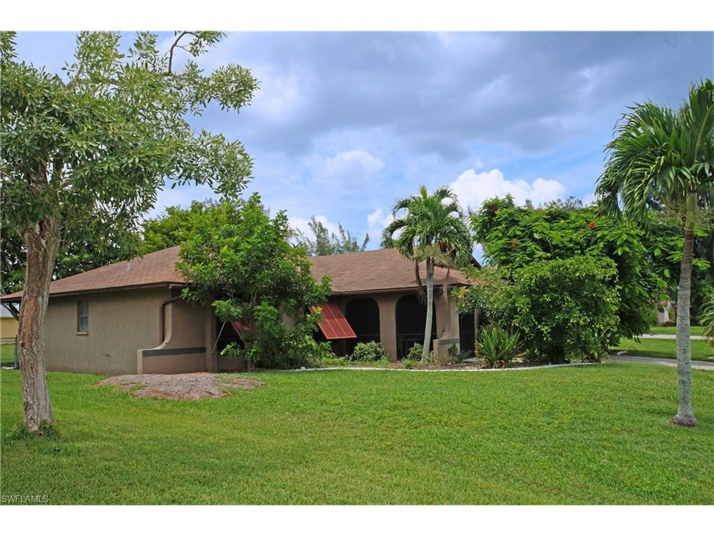 3030 SW 14th Ct, Cape Coral, FL 33914 (#216051280) :: Homes and Land Brokers, Inc