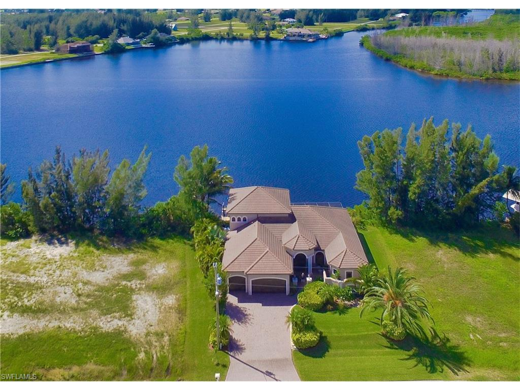 4502 NW 27th St, Cape Coral, FL 33993 (#216052452) :: Homes and Land Brokers, Inc