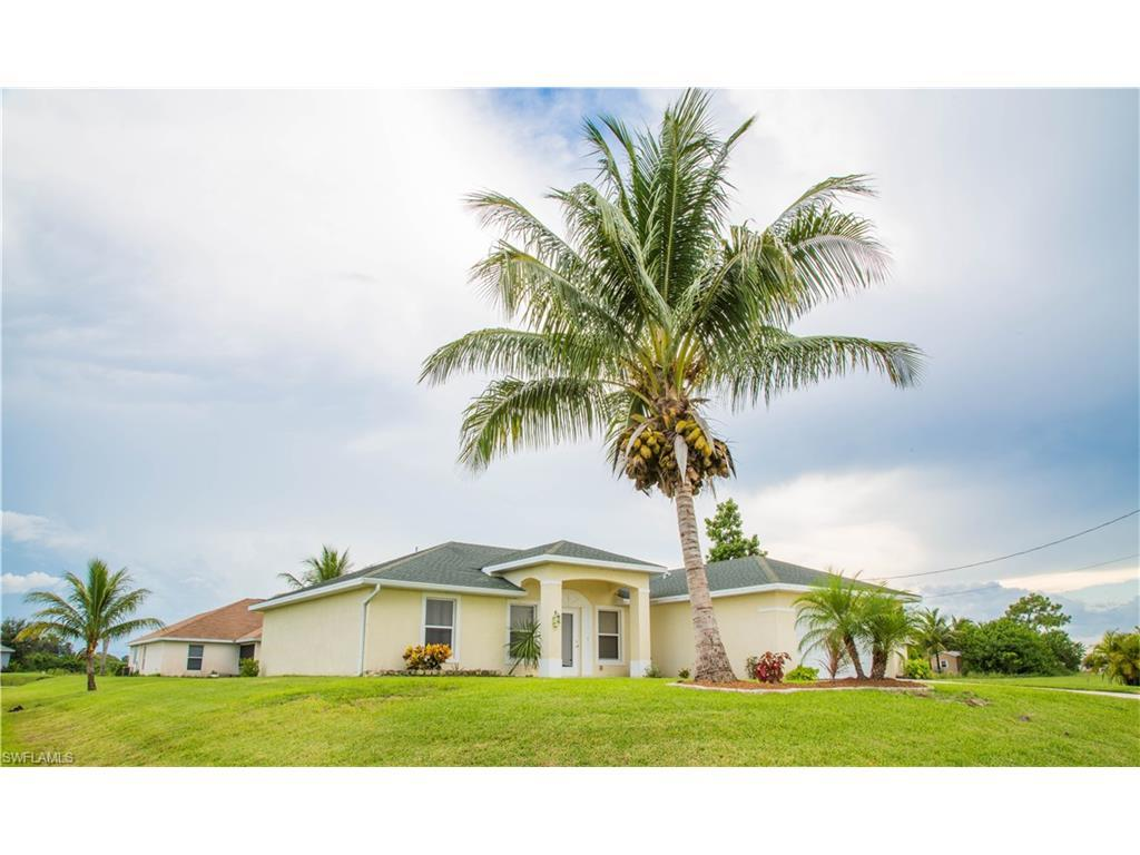 1700 NW 6th Ter, Cape Coral, FL 33993 (MLS #216052497) :: The New Home Spot, Inc.