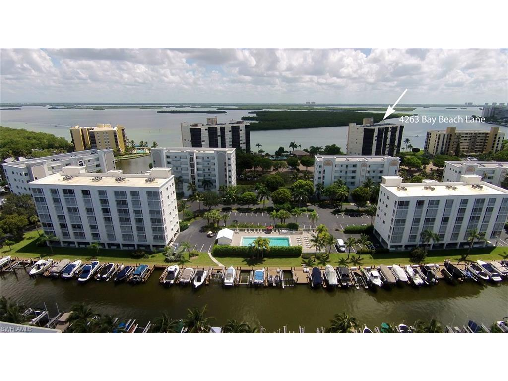 4263 Bay Beach Ln #313, Fort Myers Beach, FL 33931 (MLS #216054084) :: The New Home Spot, Inc.