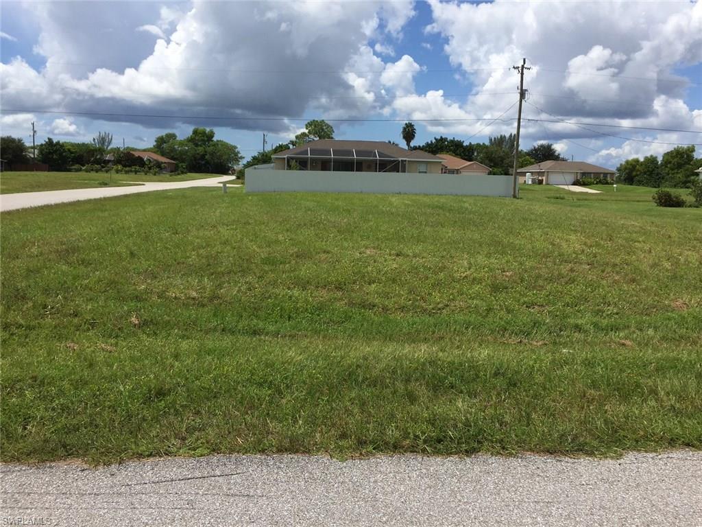 1002 NE 7th Ave, Cape Coral, FL 33909 (MLS #216055908) :: The New Home Spot, Inc.