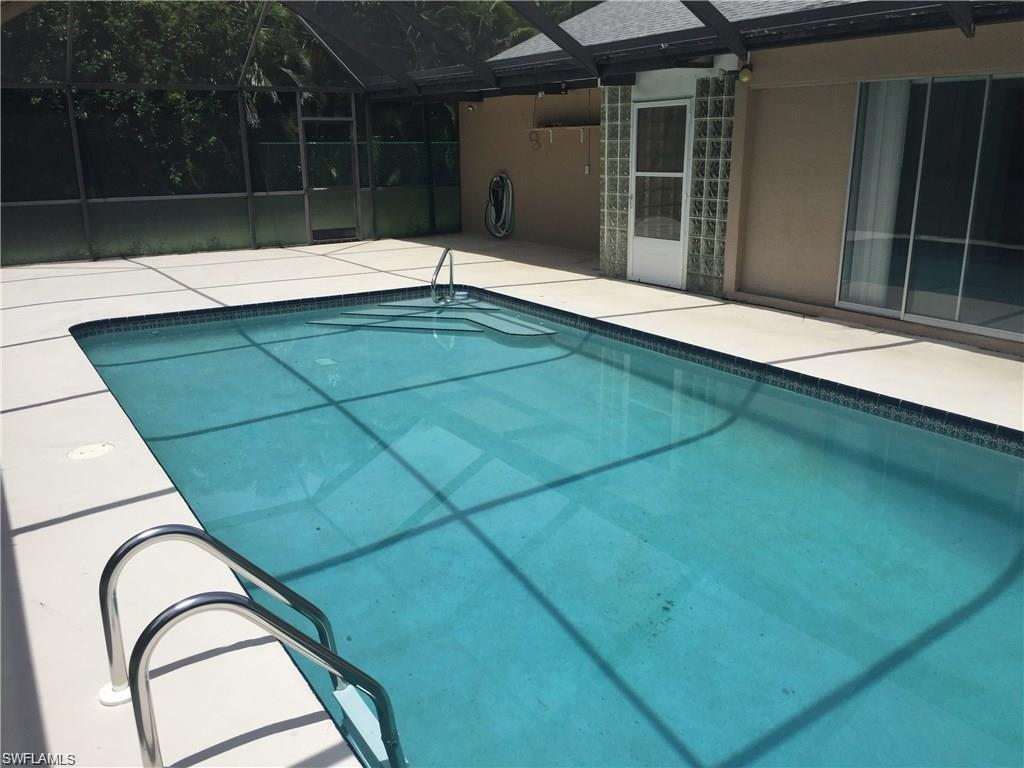 614 SW 39th Ter, Cape Coral, FL 33914 (#216056039) :: Homes and Land Brokers, Inc