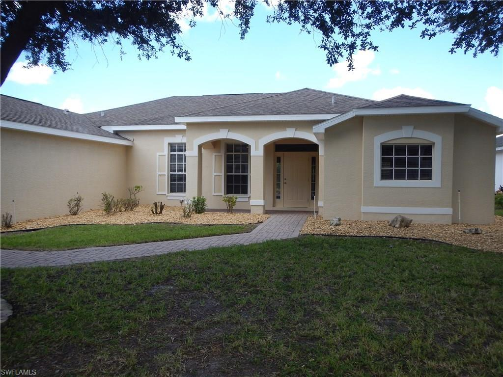 17611 Sterling Lake Dr, Fort Myers, FL 33967 (MLS #216056585) :: The New Home Spot, Inc.