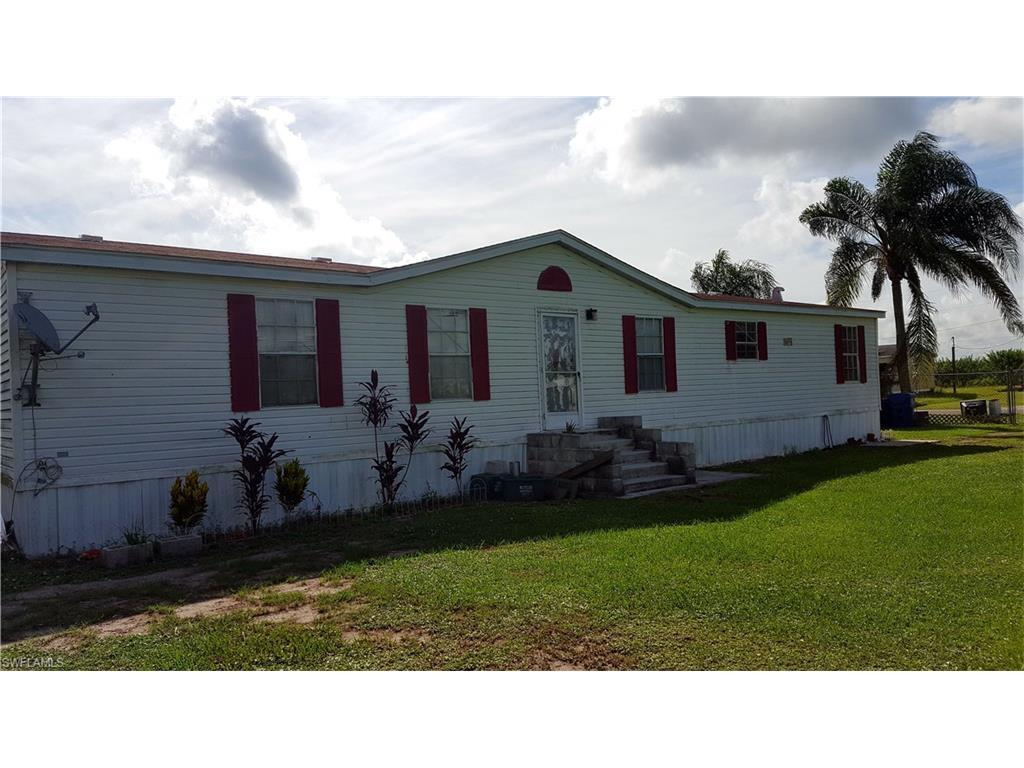 717 Arkansas Ave, Clewiston, FL 33440 (#216057284) :: Homes and Land Brokers, Inc