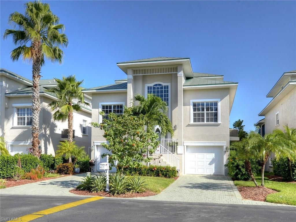 12220 Siesta Dr, Fort Myers Beach, FL 33931 (MLS #216057414) :: The New Home Spot, Inc.