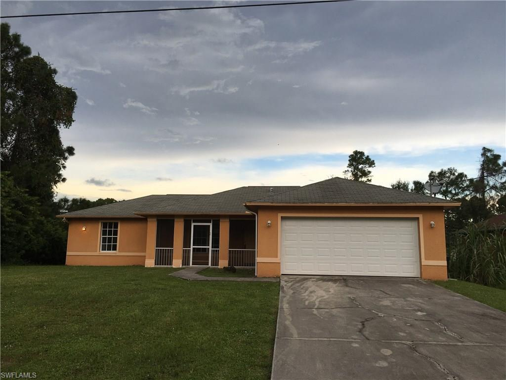 109 Meadow Rd, Lehigh Acres, FL 33973 (MLS #216058115) :: The New Home Spot, Inc.