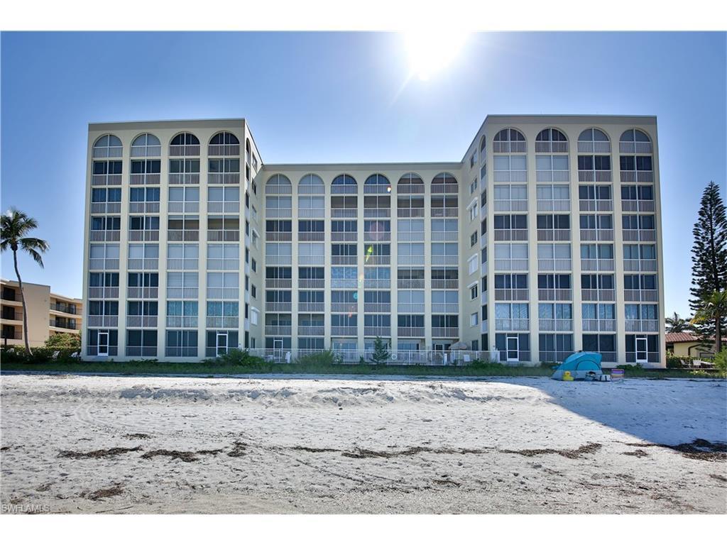 25870 Hickory Blvd #803, Bonita Springs, FL 34134 (MLS #216058569) :: The New Home Spot, Inc.