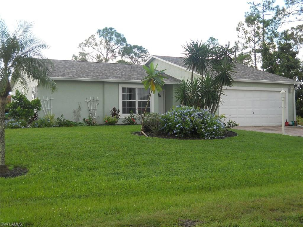 1006 Mcarthur Ave, Lehigh Acres, FL 33936 (#216059475) :: Homes and Land Brokers, Inc
