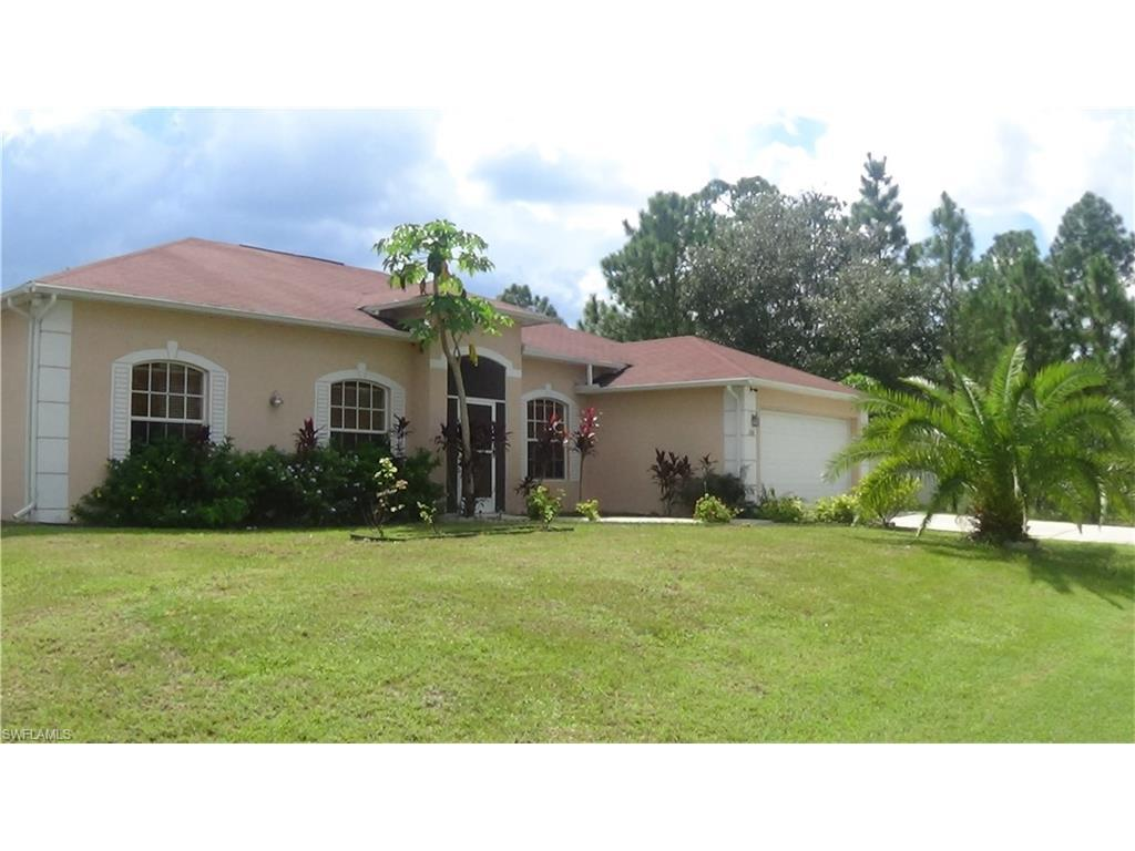 106 E 17TH St, Lehigh Acres, FL 33972 (MLS #216059914) :: The New Home Spot, Inc.