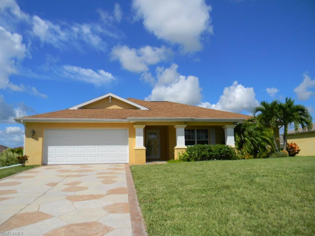 938 NW 6th Pl, Cape Coral, FL 33993 (#216060785) :: Homes and Land Brokers, Inc