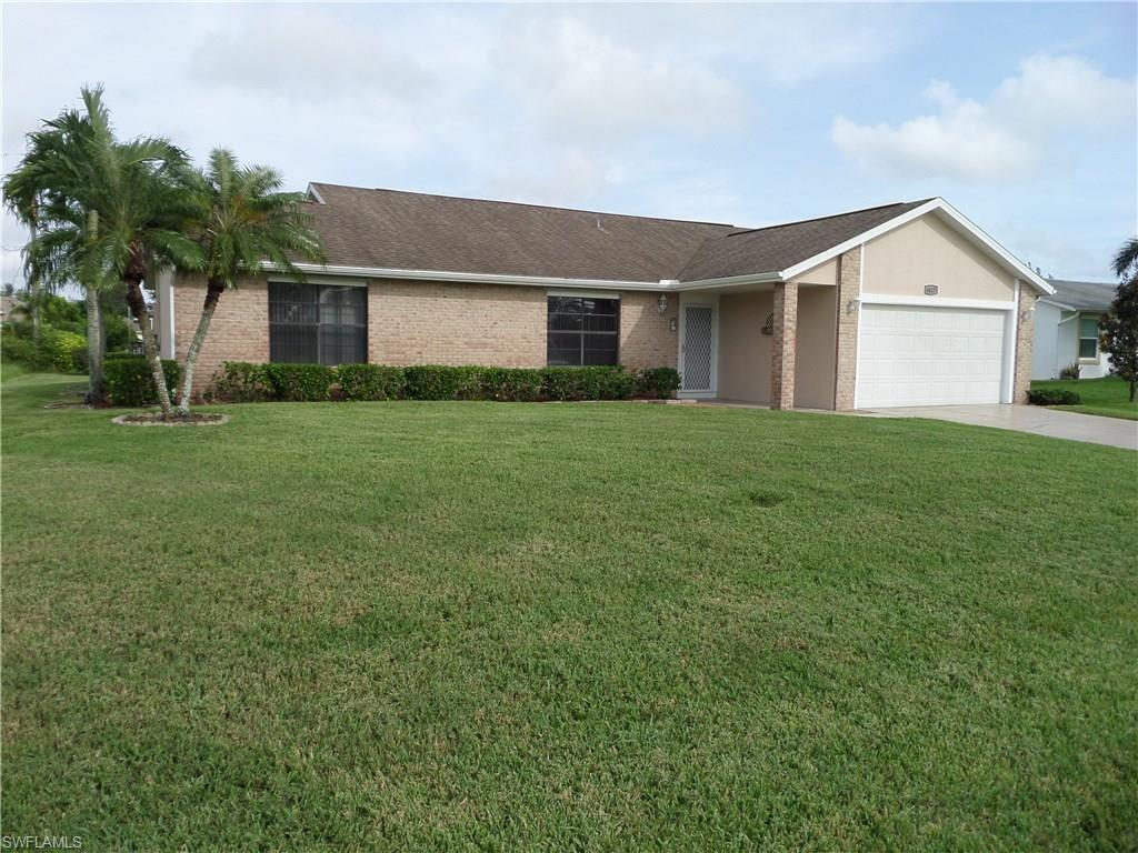 4417 SW 15th Ave, Cape Coral, FL 33914 (#216060817) :: Homes and Land Brokers, Inc