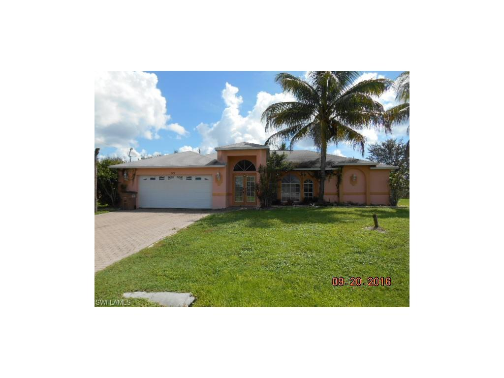 309 NE 18th Ave, Cape Coral, FL 33909 (#216061204) :: Homes and Land Brokers, Inc