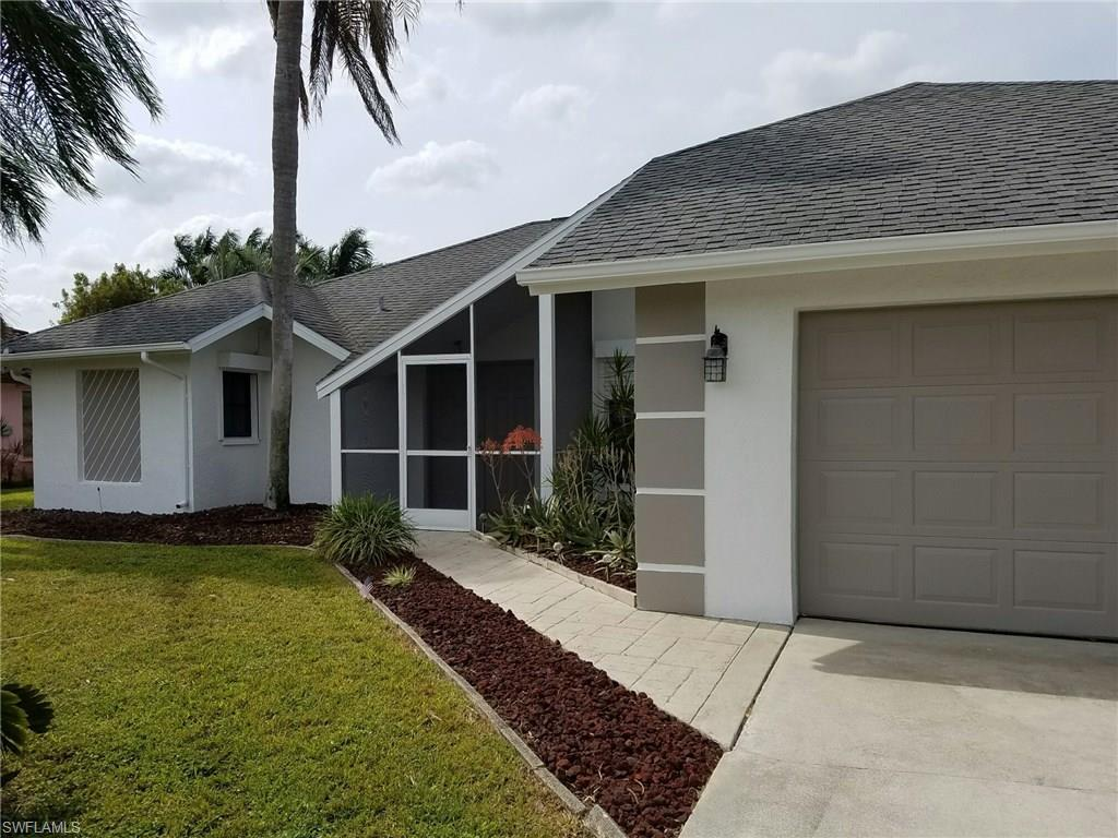 1514 SE 10th Pl, Cape Coral, FL 33990 (#216061379) :: Homes and Land Brokers, Inc