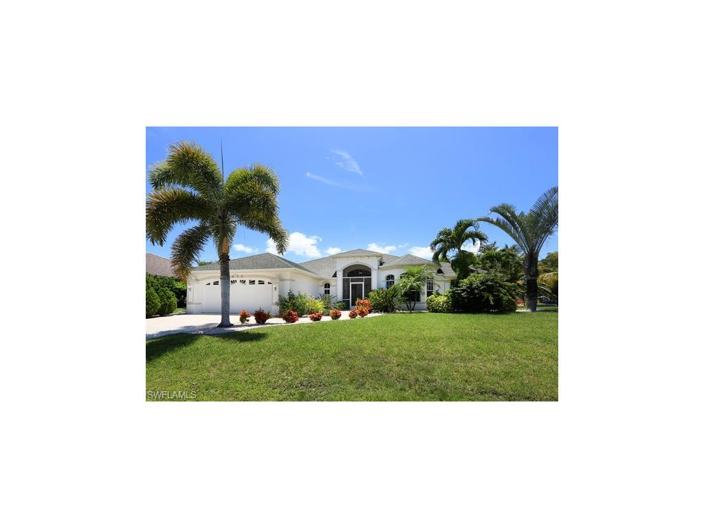 4012 SW 28th Pl, Cape Coral, FL 33914 (#216061532) :: Homes and Land Brokers, Inc