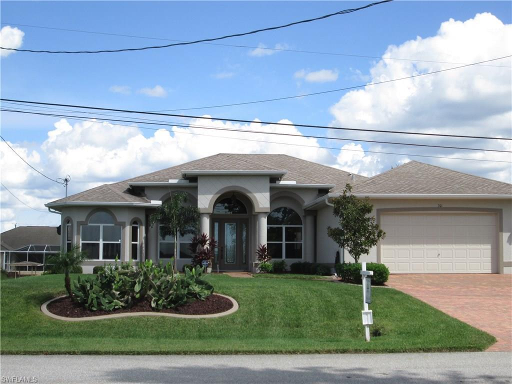 701 NW 3rd Pl, Cape Coral, FL 33993 (#216061668) :: Homes and Land Brokers, Inc