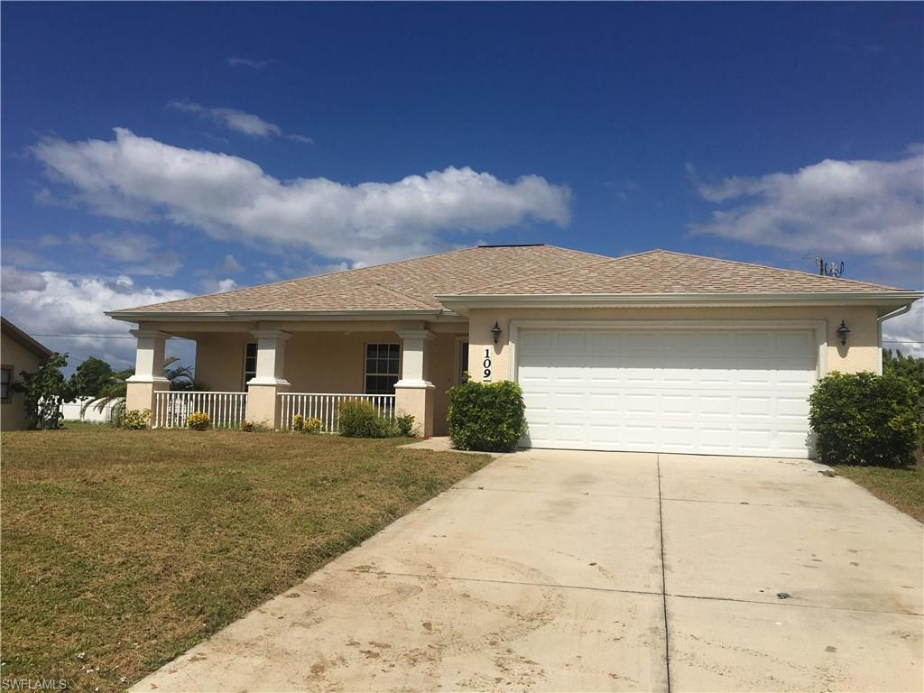 109 NE 12th Ter, Cape Coral, FL 33909 (#216062008) :: Homes and Land Brokers, Inc