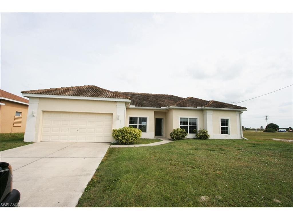 17 NW 32nd Pl, Cape Coral, FL 33993 (MLS #216062283) :: The New Home Spot, Inc.
