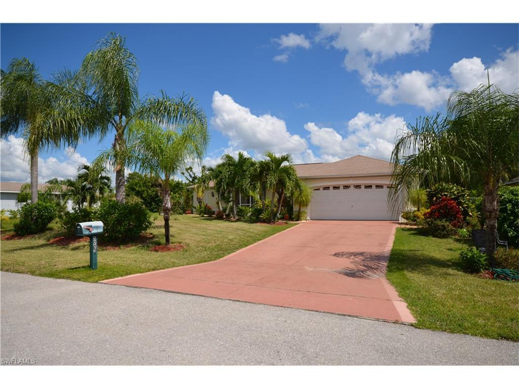 3005 SW 1st Ave, Cape Coral, FL 33914 (MLS #216062385) :: The New Home Spot, Inc.