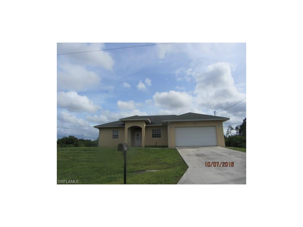 2605 25th St SW, Lehigh Acres, FL 33976 (#216062743) :: Homes and Land Brokers, Inc