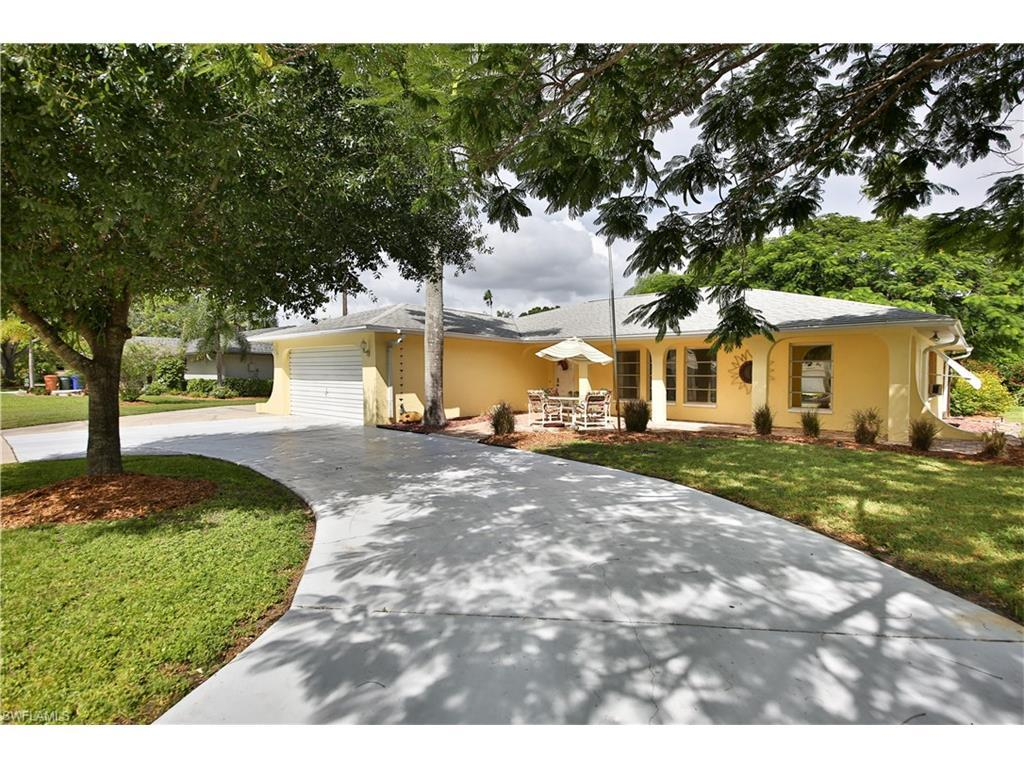 1757 Jefferson Ave, Fort Myers, FL 33901 (#216062892) :: Homes and Land Brokers, Inc