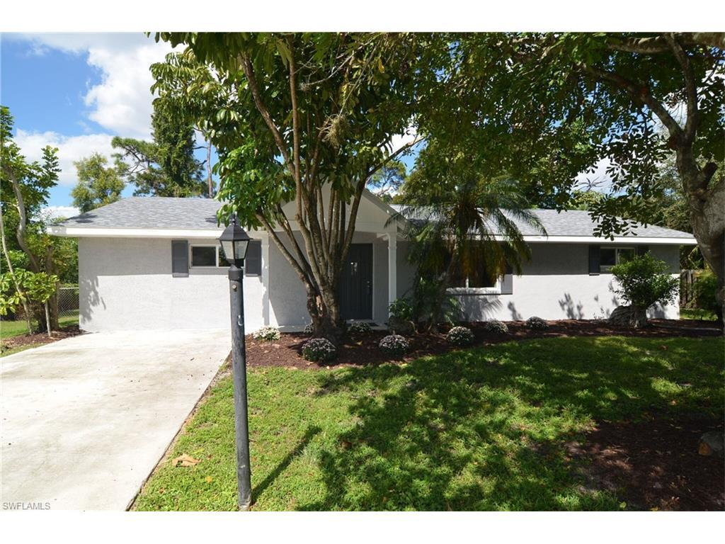 11450 Heidi Lee Ln, Fort Myers, FL 33908 (MLS #216062953) :: The New Home Spot, Inc.