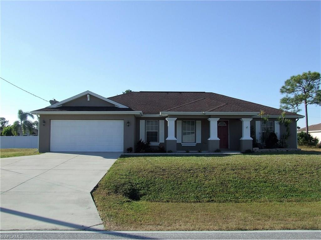 1634 S Gator Cir, Cape Coral, FL 33909 (MLS #216063795) :: The New Home Spot, Inc.