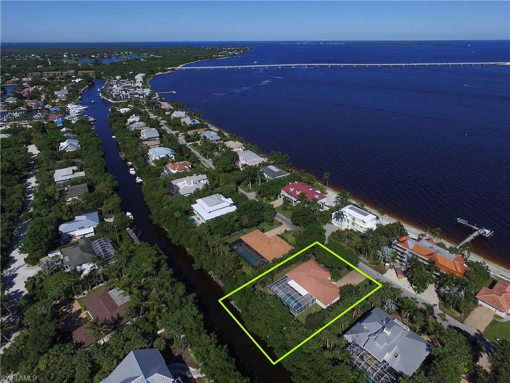 521 Lighthouse Way, Sanibel, FL 33957 (MLS #216064296) :: The New Home Spot, Inc.