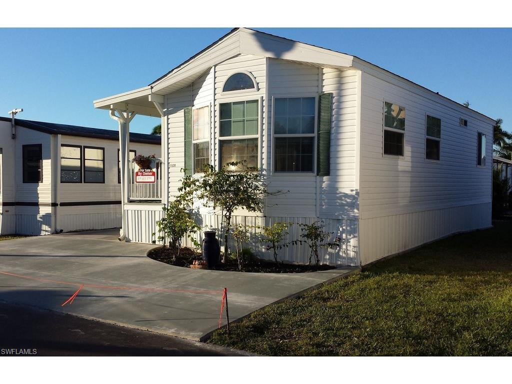 11520 Ariana Dr, Fort Myers, FL 33908 (MLS #216064426) :: The New Home Spot, Inc.