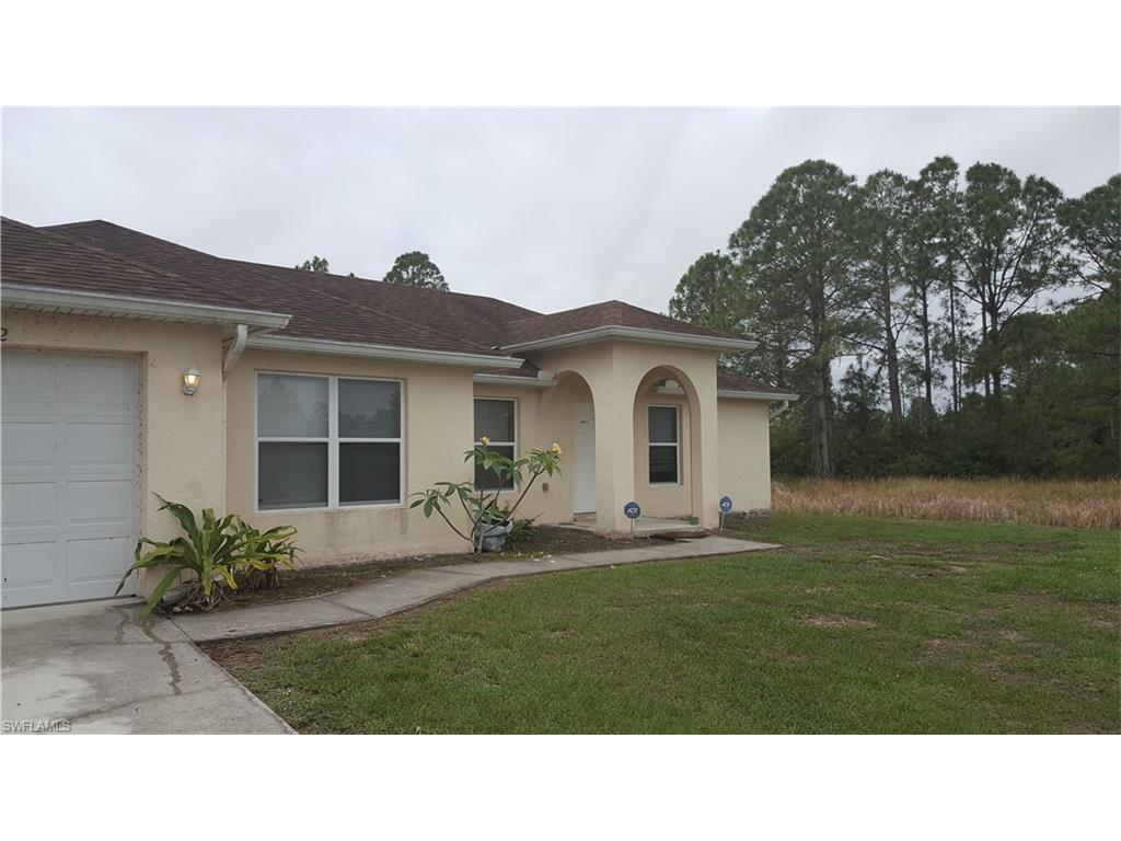 1232 Cloplon St E, Lehigh Acres, FL 33974 (MLS #216064463) :: The New Home Spot, Inc.