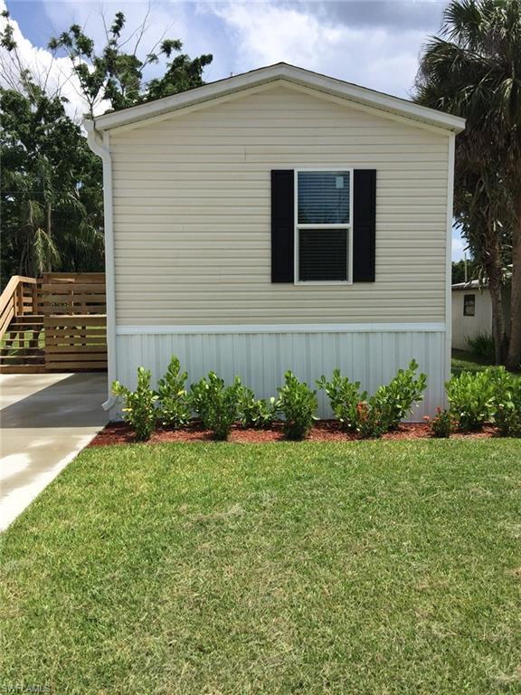 331 Ellis St, North Fort Myers, FL 33903 (MLS #218037148) :: Clausen Properties, Inc.