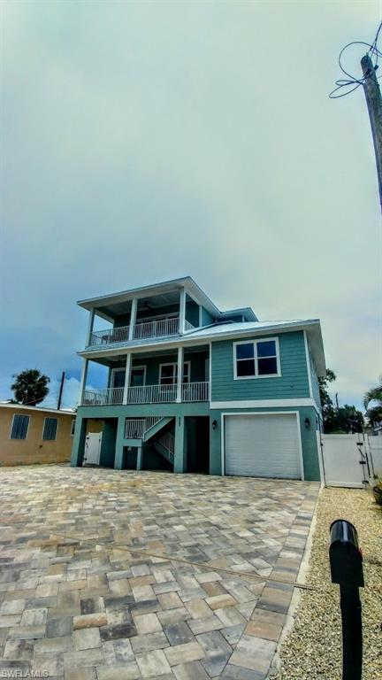 261 Delmar Ave, Fort Myers Beach, FL 33931 (MLS #218049830) :: RE/MAX DREAM