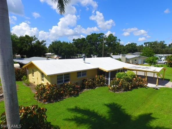 145 Whidden Rd, North Fort Myers, FL 33917 (MLS #218062321) :: RE/MAX Realty Team