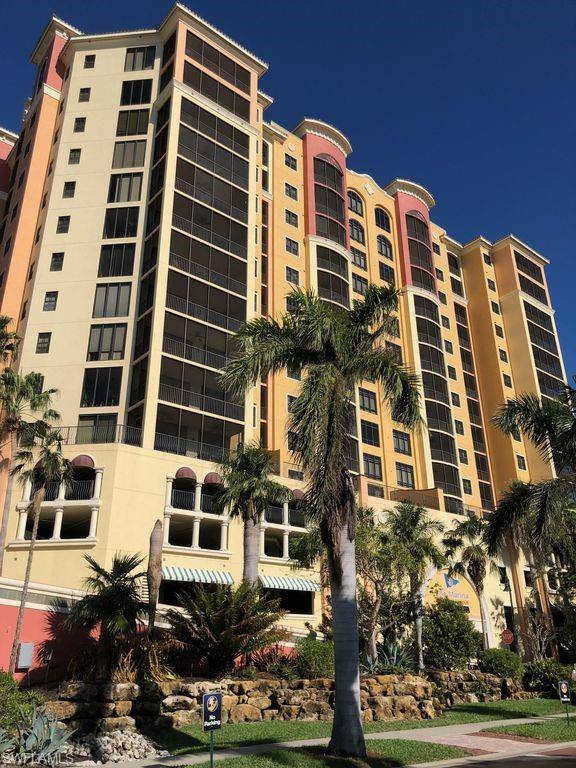 5793 Cape Harbour Dr #720, Cape Coral, FL 33914 (MLS #218065647) :: The New Home Spot, Inc.