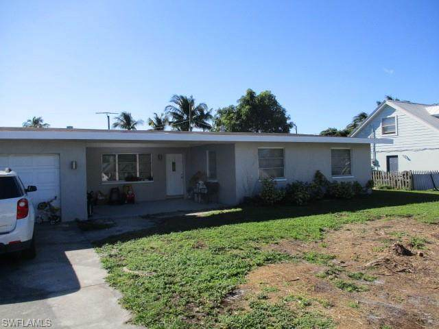 1020 Ione Drive, Fort Myers, FL 33919 (MLS #219012562) :: Domain Realty