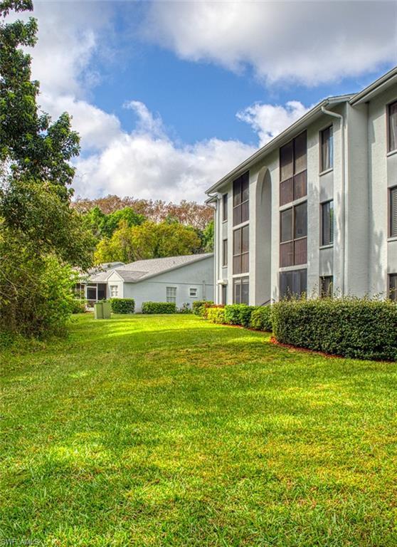 9540 Green Cypress Ln #15, Fort Myers, FL 33905 (MLS #219012648) :: Clausen Properties, Inc.