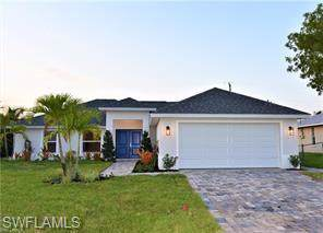1709 SW 43rd Ln, Cape Coral, FL 33914 (MLS #219067087) :: RE/MAX Realty Team