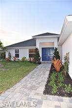 2517 SW 25th Ave, Cape Coral, FL 33914 (MLS #219067097) :: RE/MAX Realty Team