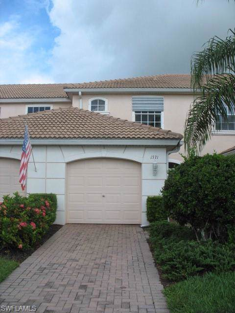 1371 Weeping Willow Ct, Cape Coral, FL 33909 (#219068153) :: Southwest Florida R.E. Group Inc