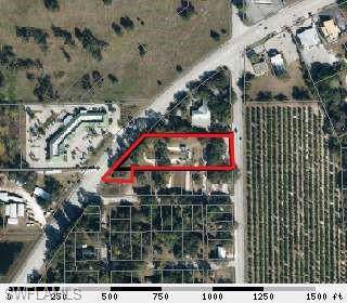 891 W Hickpochee Ave, Labelle, FL 33935 (MLS #219070843) :: Clausen Properties, Inc.