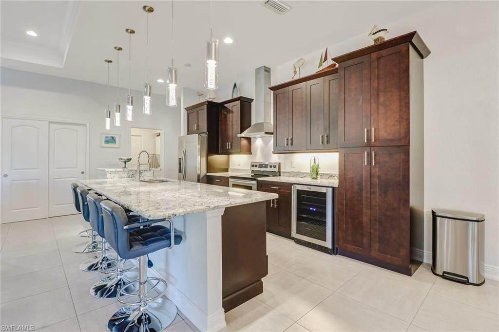 2501 38th Terrace - Photo 1