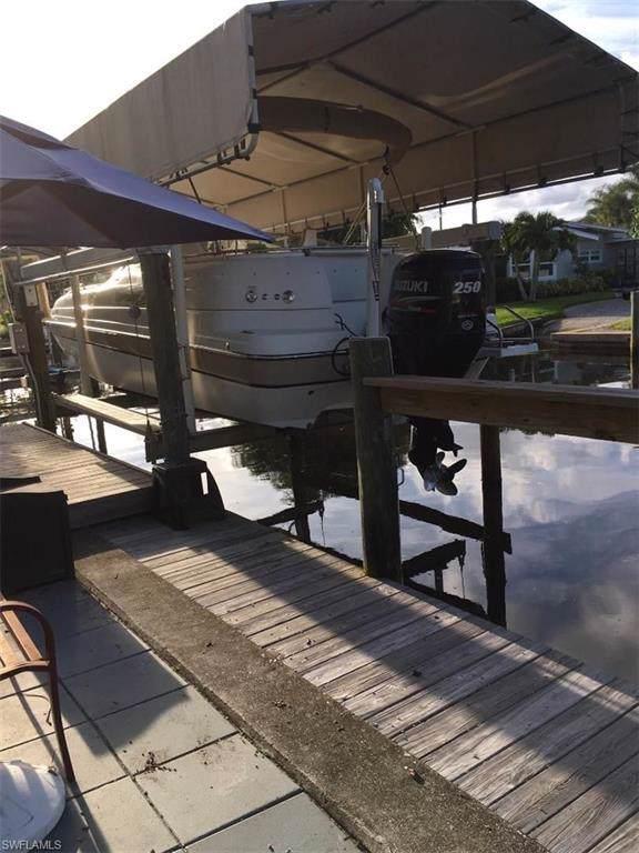 4733 Jackfish St, Bonita Springs, FL 34134 (MLS #220001555) :: Clausen Properties, Inc.