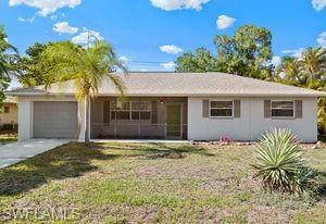 2343 Aldridge Avenue, Fort Myers, FL 33907 (#220030344) :: The Dellatorè Real Estate Group