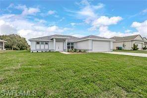 522 NE 19 Place, Cape Coral, FL 33909 (MLS #220049589) :: Florida Homestar Team