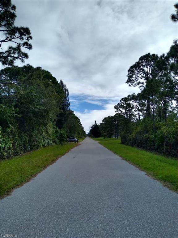 5252 Anderson Road, Port Charlotte, FL 33981 (MLS #220074177) :: BonitaFLProperties