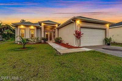 3625 26th Avenue SE, Naples, FL 34117 (MLS #221003797) :: Premier Home Experts